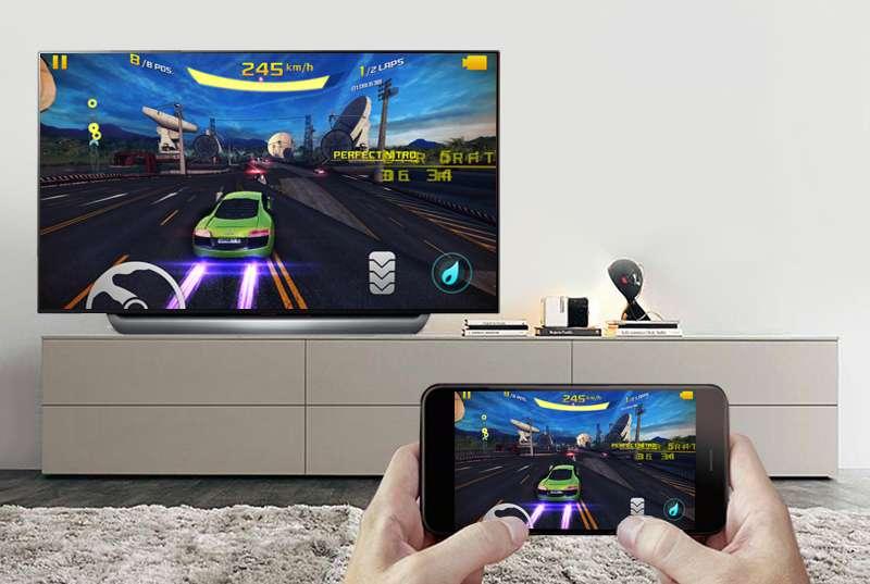 Smart Tivi OLED LG 4K 55 inch 55C8PTA  trình chiếu màn hình điện thoại lên tivi